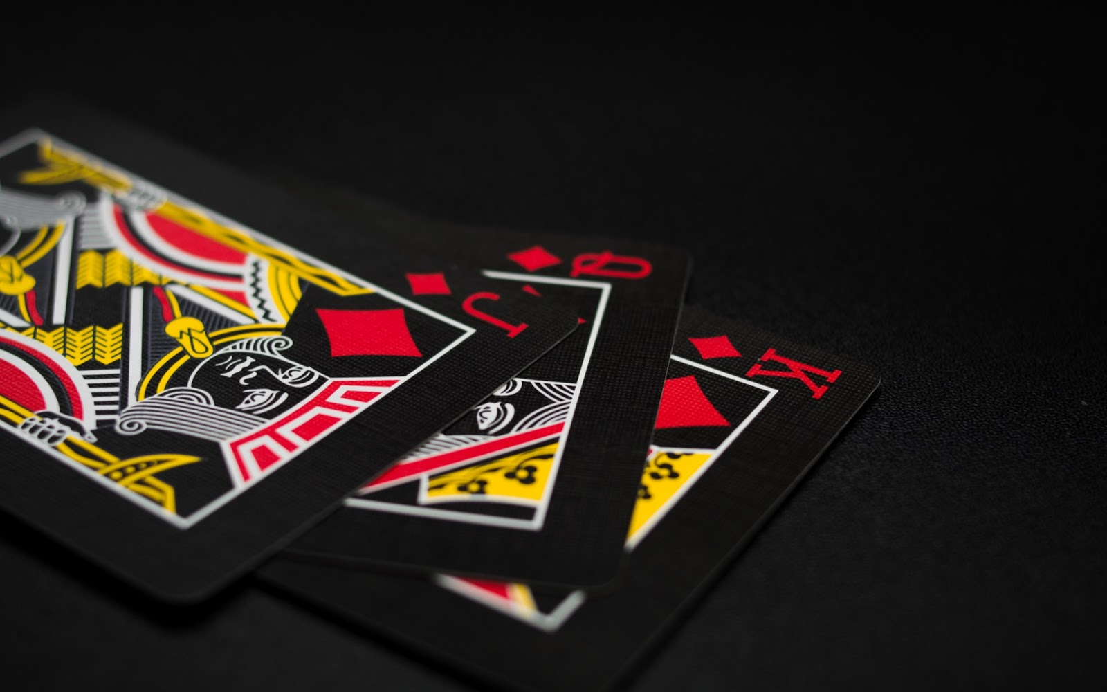 Playing Online Poker 2